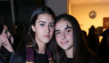 Isa Gutiérrez y Clau Torres.