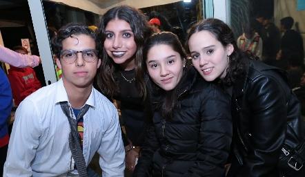 José Emilio, Ana Sofi, María José y Fernanda.