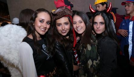 Sofía Rentería, Marijó Orduña, Luna y Ana Elena Ríos.