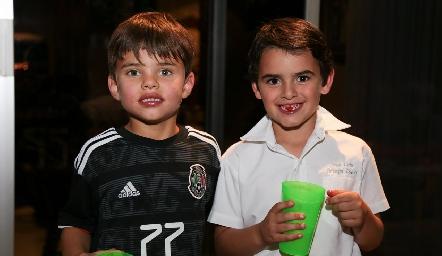 Rodrigo y José.
