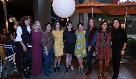 Elia de Padilla, Carla Saucedo, Miriam Bravo, Alejandra Ávila, Andrea Gutiérrez Ávila,  Tita García, Lorena Herrera, Laura Acosta y Elsa Tamez.