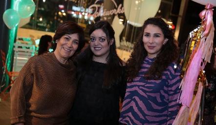 Miriam Bravo, Andrea Gutiérrez y Marijó Robledo.