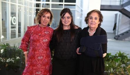 María Elena Ávila, Andrea Gutiérrez y María Elena Ramírez.
