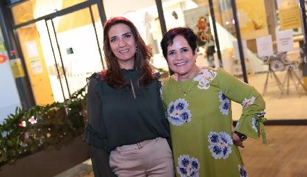 Lourdes Velázquez y Tita García.