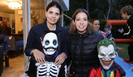Liz Alcalde y Gonzalo, Cecilia Limón y Mateo.
