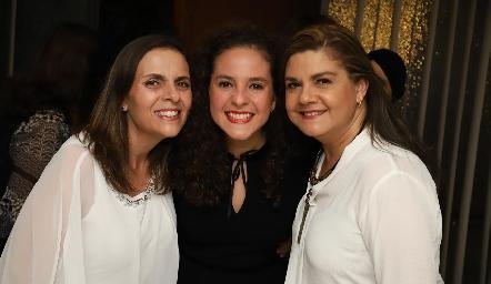 Mónica Schekaibán, Andrea Schekaibán y Beatriz Franco.