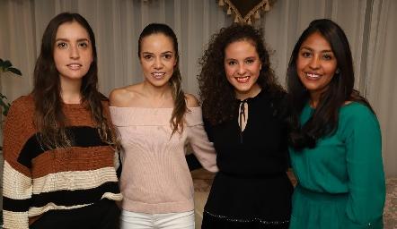 Daniela Castro, Berenice Linares, Andrea Schekaibán y Paola Vázquez.