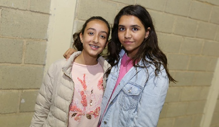 Andrea y Marisol.