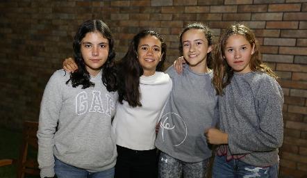 Connie, Constanza, Montse y Anna.