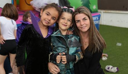 Sofía, Valentina y Pilar Palomar.
