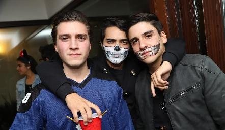 Juan, David y Alejandro.
