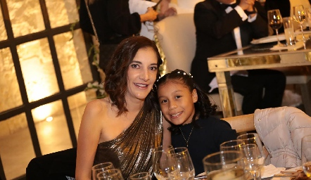Marcela Noyola y Fernanda Gutiérrez.