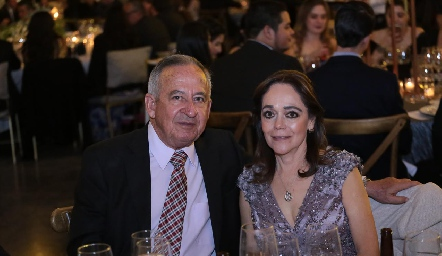 Carlos Portillo y Elisa Negrete.