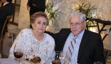 Lucero y Jesús Román.