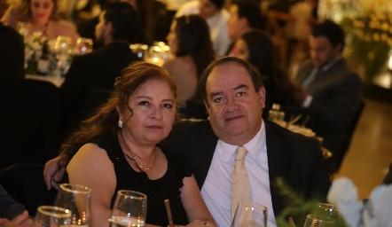 Ana Martha y Enrique Martín del Campo.