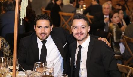 Alejandro Solís y Roberto Puga.