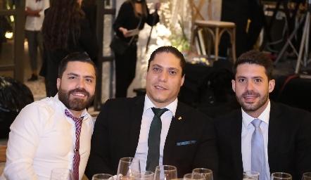 Hermanos Cabral Ayech.