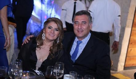 Renata y Felipe Robledo.