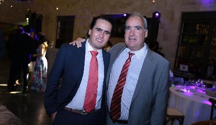 Ricardo y Ricardo Raymond.