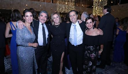 Lourdes Velázquez, Manuel Álvarez, Bety Lavín, José Manuel Lázaro y Martha del Río.