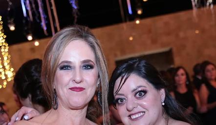 Lourdes y Andrea Gutiérrez.