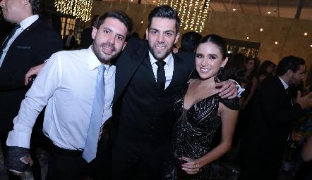 Eduardo Cabral, Joe Lorca y Priscila Flores.