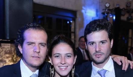 Juanfer Rojas, Elena Pelayo y Claudio Meade.