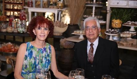 María Teresa Carrera y Sergio Chávez.