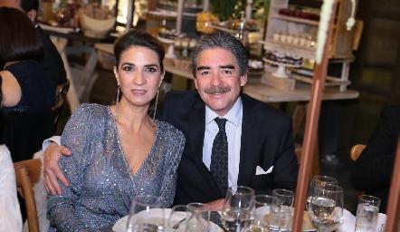 Lourdes Velázquez y Manuel Álvarez.