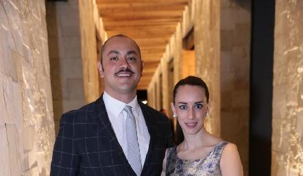 Jorge Reyes y Montse Valadez.