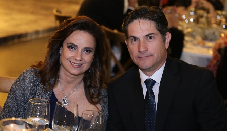 Rocío Alcalde y Gustavo Medina.