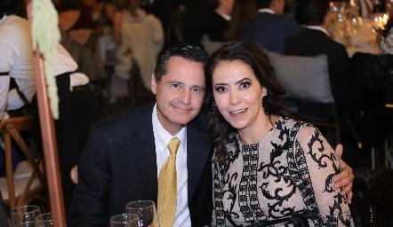 Franco González y Lupita Villarreal.