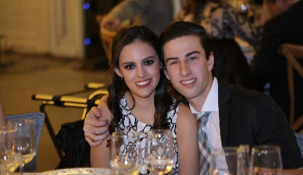 Marthita Ricavar y Memo Robles .
