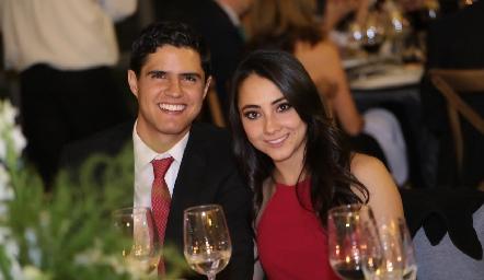 Saulo Cabrera y Fernanda Gouyonnet.