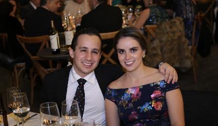 Paco Lavín y Paola Gallegos.
