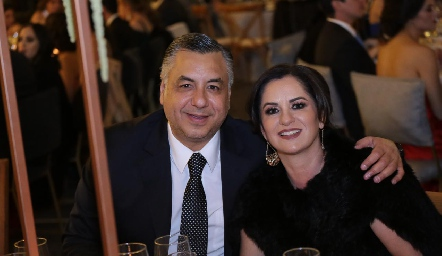 Alejandro Villasana y Claudia Ávila.