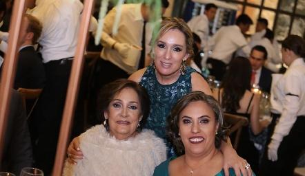 María Elena Ávila, Elena Ramírez y Beatriz Castro.