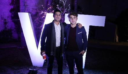 Pj Piñero y Santiago de Alba.