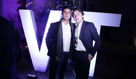 Pj y Padilla.