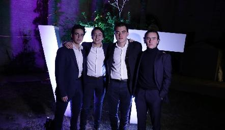 Manolo Martins, Rodrigo Padilla, Diego Castillo y Mateo Guerra.