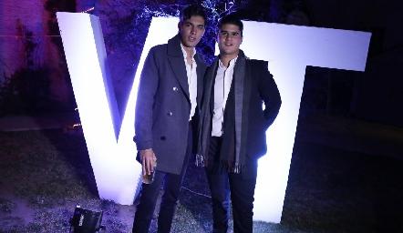 Andrés y Pj.