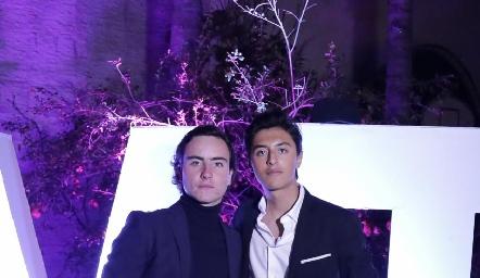 Mateo y Miguel.
