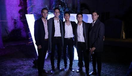 Mario, Juan Pablo, Miguel, Pj y Andrés.