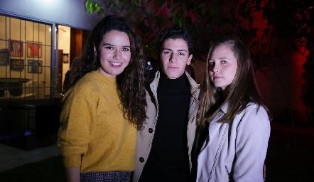 Natalia Hampshire, Marcelo Castillo y Dani Rodríguez.