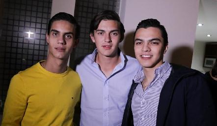 Diego Medina, Víctor Lomelí y Juan Pablo Rocha.