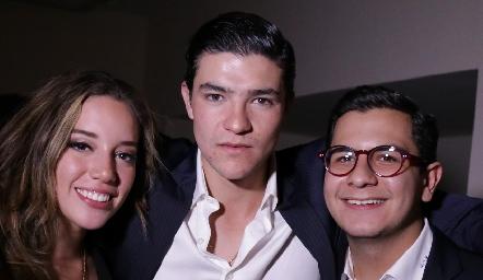 Sofía Benavides, José Madrigal y Rodrigo Villasana.