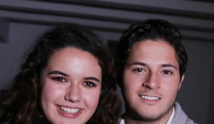 Natalia Hampshire y Alejandro Stevens.