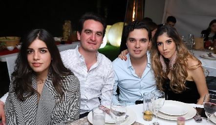 Ana Lu Díaz, Julio Galindo, Enrique Quintero y Paola Dávila.