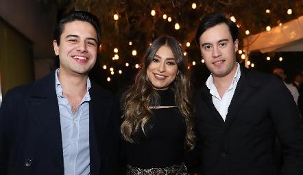 Gerardo Valle, Claudia Rodríguez y Daniel Estrada.