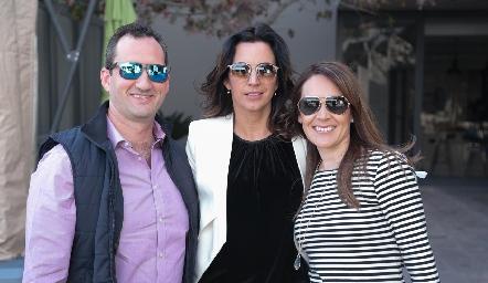 Fernando Barba, Marisol de la Maza y Eli Rentería.